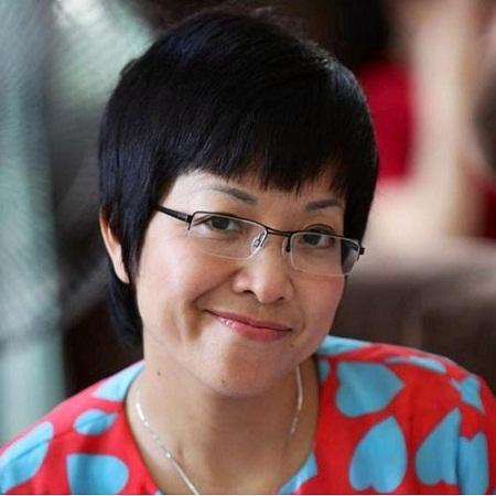 Với bức ảnh thuở niên thiếu này, Thảo Vân được người hâm mộ khen xinh xắn, nụ cười hiền dịu.