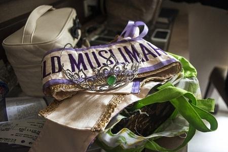 Vương miện và dải băng đăng quang của Hoa hậu