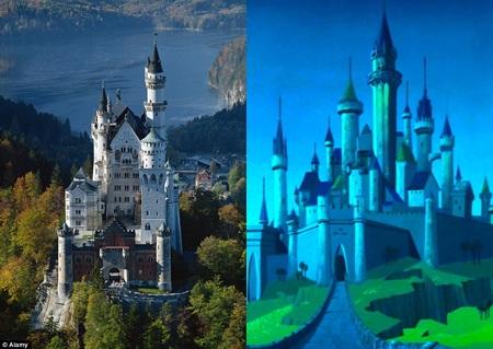 """Lâu đài Neuschwanstein là nguyên mẫu cho lâu đài của """"Người đẹp ngủ trong rừng""""."""