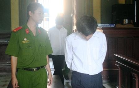 Vụ sát hại Phó Bí thư quận: Đề nghị tha tội chết cho bị cáo Sang - 1