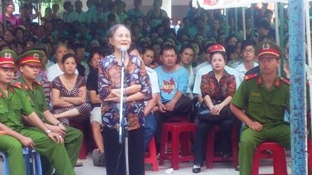 Mẹ của trung tá Chuyên đề nghị HĐXX xử đúng người, đúng tội