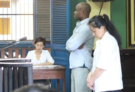 Trai Phi, gái Việt tại tòa
