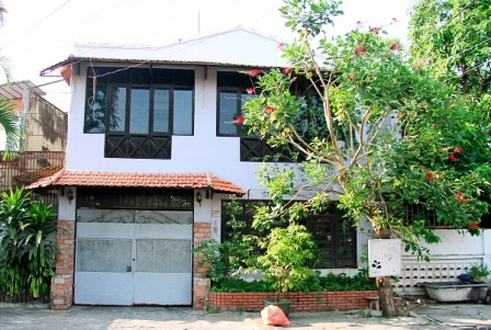 Căn nhà mà Chánh Tín đang ở không còn cởi mở với báo chí