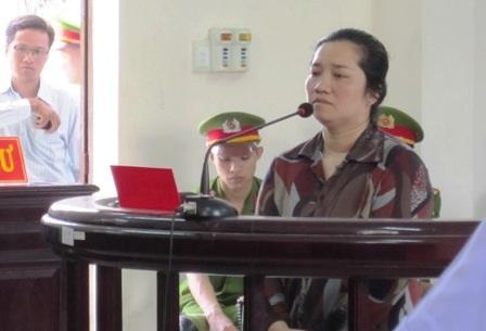 Bị cáo Lê Thị Hường khai chém người vì ấm ức