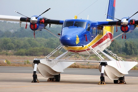 Thủy phi cơ DH-C6 vẫn túc trực tại sân bay Phú Quốc để tham gia tìm kiếm khi cần thiết