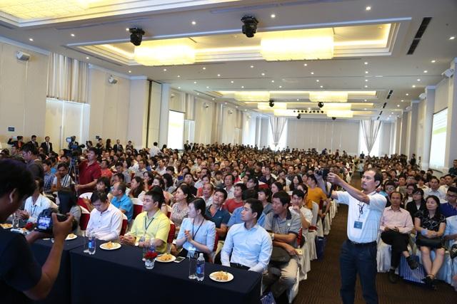 Hơn 1.000 khách đến tham gia sự kiện công bố đợt 2 để tìm cơ hội sở hữu một căn hộ trong 400 căn hộ được giới thiệu lần này