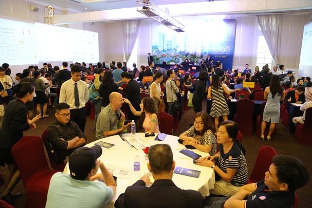 Dù là lần thứ 2 công bố, nhưng sức hút của Saigon South Residences không hề có dấu hiệu giảm sút. Với 1.000 người tham dự cũng tương đương với lượng khách trong đợt công bố lần đầu tiên cách đây hơn một tháng (23/10).