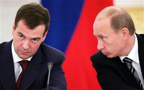 """Medvedev bác khả năng đua """"song mã"""" với Putin - 1"""