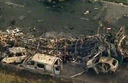 Cận cảnh tai nạn liên hoàn, 7 người chết, 51 người bị thương - 10