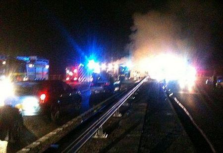 Anh: Kinh hoàng cảnh 26 ôtô đâm nhau liên hoàn  - 2