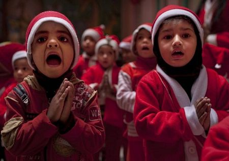 Giáng sinh vòng quanh thế giới - 4