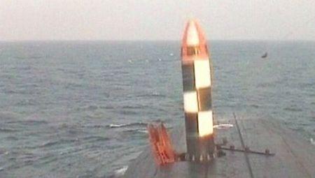 Ngoài ra, tàu còn trang bị 6 ống ngư lôi 533 mm (ngư lôi, tên lửa-ngư lôi, tên lửa hành trình).