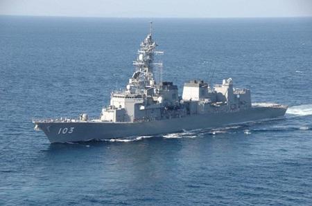 Tàu chiến Nhật được cho là bị radar Trung Quốc ngắm bắn.
