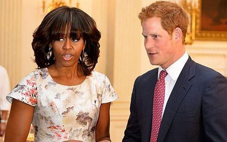 Hoàng tử Anh Harry gặp gỡ đệ bà chủ Nhà Trắng Michelle Obama trong khuôn khổ chuyến thăm Mỹ.
