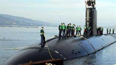 Tàu ngầm hạt nhân tấn công đa nhiệm Los Angeles của hải quân Mỹ.