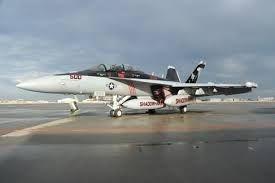 Máy bay tác chiến điện tử EA-18G.