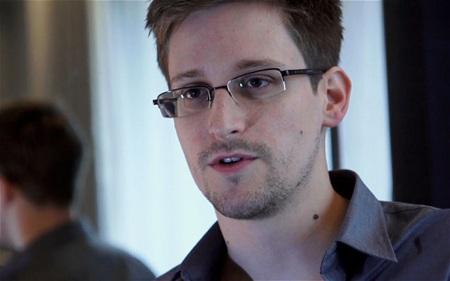Cựu kỹ thuật viên CIA Edward Snowden.