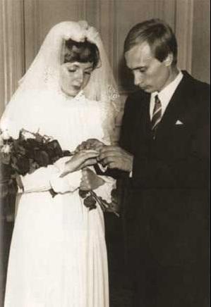 Ông Putin và bà Lyudmila kết hôn năm 1983.