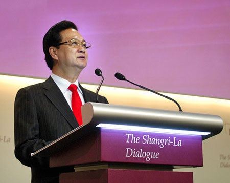 Thủ tướng Nguyễn Tấn Dũng phát biểu dẫn đề Đối thoại Shangri-la. (Ảnh: Chinhphu.vn)