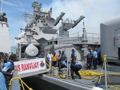 Chiến hạm hải quân Ấn Độ vừa ghé thăm Việt Nam.