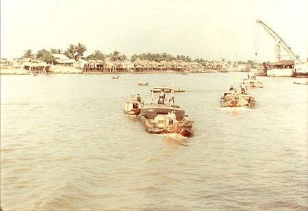 Quang cảnh sông Sài Gòn những năm cuối 1960.
