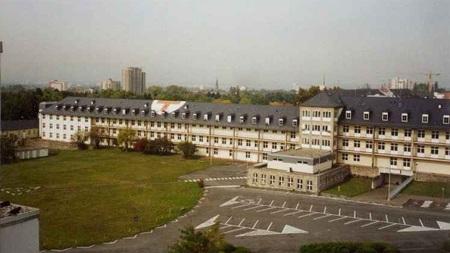 Lãnh sự quán Mỹ tại Frankfurt, Đức.