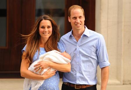 Hoàng tử George chào đời hồi tháng 7.