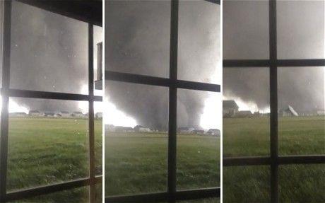 Lốc xoáy tấn công nhiều bang của Mỹ.