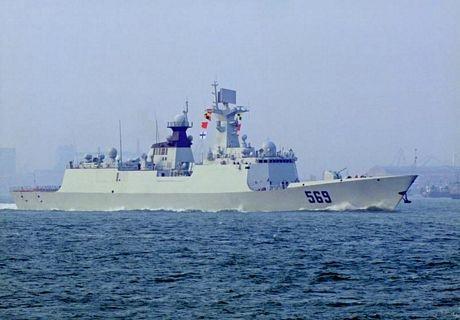 Tàu hộ vệ tên lửa 569 Ngọc Lâm thuộc lớp 054A của Trung Quốc