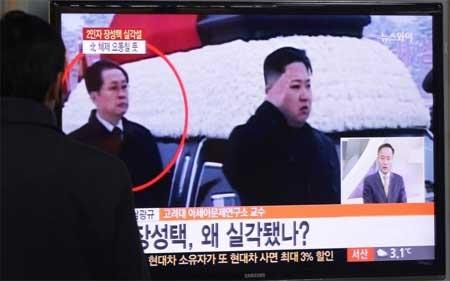 Rộ đồn đoán làn sóng đào tẩu sau vụ phế truất chú ông Kim Jong-un