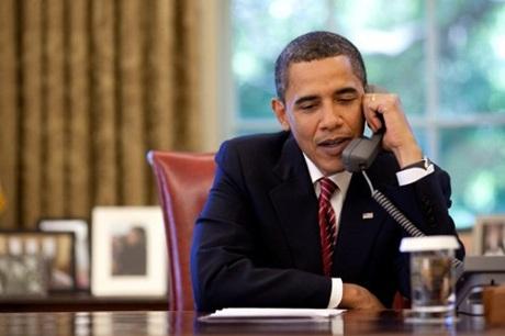 """Chiếc điện thoại ông Obama sử dụng trong Nhà Trắng không hề liên quan tới """"Điện thoại đỏ""""."""