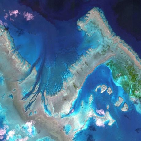 Vỉa san hô ngầm ở Úc nhìn từ trên cao.