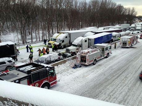 Vụ tai nạn xảy ra trên xa lộ liên tiểu bang I-94 ở tây bắc bang Indiana hôm qua 23/1.