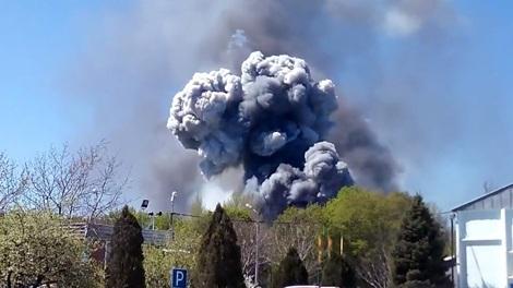 Các hình ảnh cho thấy trực thăng đã nổ tung sau khi bị trúng lựu đạn.
