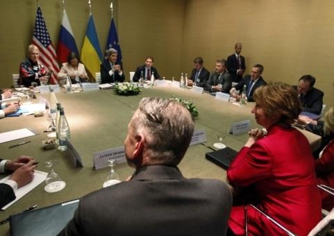 Đàm phán 4 bên tại Geneva. Ảnh: Reuters