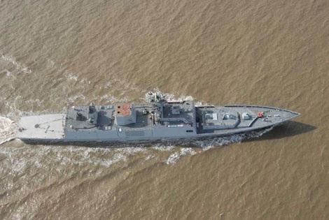 Tàu khu trục tàng hình INS Shivalikcủa Ấn Độ.