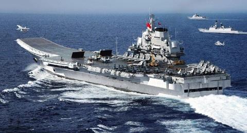 Tàu sân bay Liêu Ninh của Trung Quốc hoạt động trên Biển Đông.