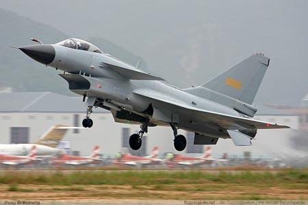 Một máy bay chiến đấu J-10 của không quân Trung Quốc.