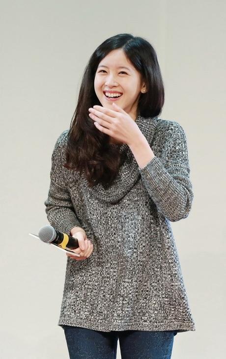 Nụ cười tỏa nắng của cô gái trà sữa Chương Trạch Thiên.