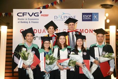 Lễ trao bằng CFVG MEBF tại Đại sứ quán Pháp