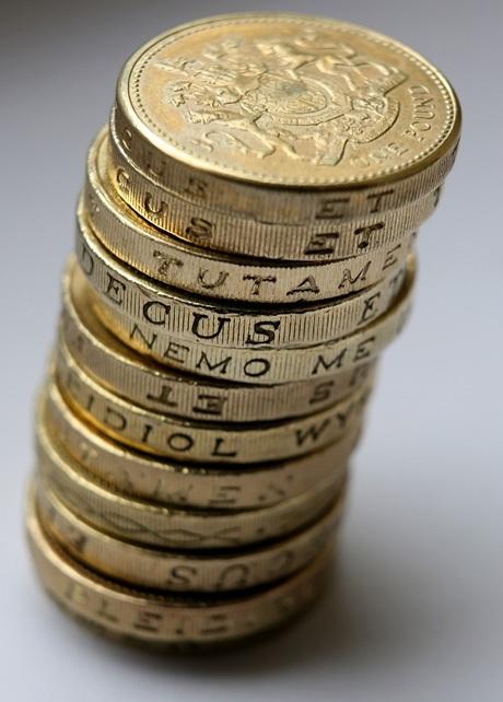 Nhà máy đúc tiền Hoàng gia Anh cho biết có tới 3% số lượng các đồng xu 1 bảng hiện nay là xu giả.