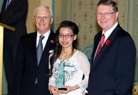 Gặp cô gái ôsin Đặng Thị Hương - một du học sinh trở về từ nước Úc