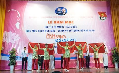 Khai mạc cuộc thi khoa học Mác - Lênin và Tư tưởng Hồ Chí Minh
