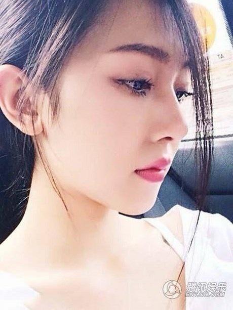 """Hình ảnh cô gái gây """"bão"""" cộng đồng mạng Trung Quốc"""