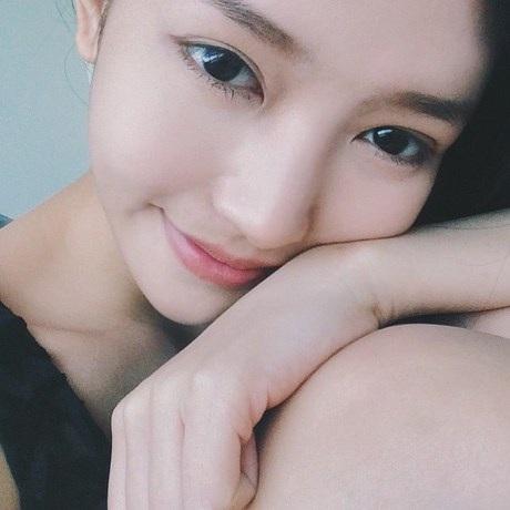 NữDHS Việt từng được giới trẻ biết đến với vẻ đẹp hút hồn cách đây không lâu.