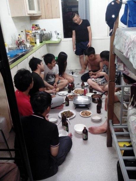 Để cải thiện thu nhập, sinh viên Việt cũng phảicày cuốcvất vả