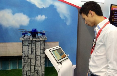 Phạm Gia Vinh thường xuyên cập nhật những công nghệ mới của thế giới về máy bay không người lái.