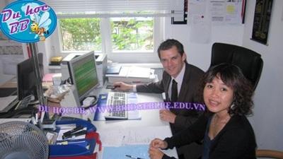 Đại diện BB Cầu Xanh thăm và làm việc với cán bộ phụ trách thực tập và việc làm trường BHMS Thụy Sĩ
