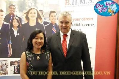 Đại diện Du học BB Cầu Xanh thăm và làm việc với ông Terry - Hiệu trưởng trường BHMS tại Thụy Sĩ