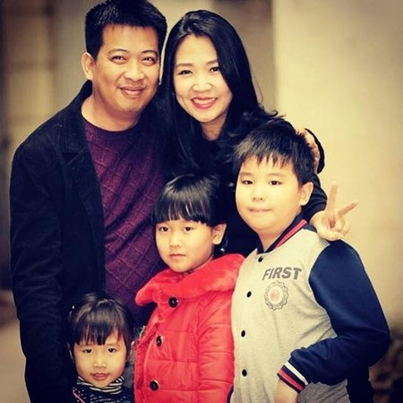 Gia đình hạnh phúc của anh Hoàng Anh Tú.